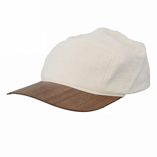berretto in cotone sostenibile con visiera in legno di noce