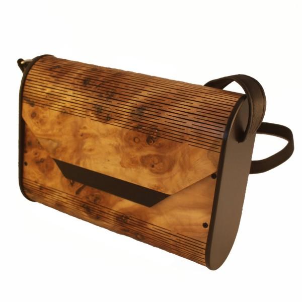 Holzhandtasche, Haselnussholz